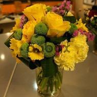 Почувствуй любовь цветов - Цветы в вазе...